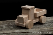 Truck M101